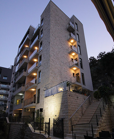hotel-butua-residence-spolja-nocna-02